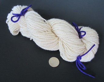 Hand Spun Wool Yarn ~ Lovely Off White Country Style