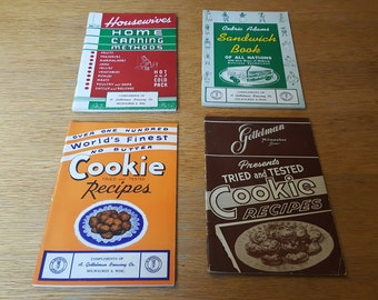 Set of 4 Gettelman Brewing Company Pamphlet Cookbooks