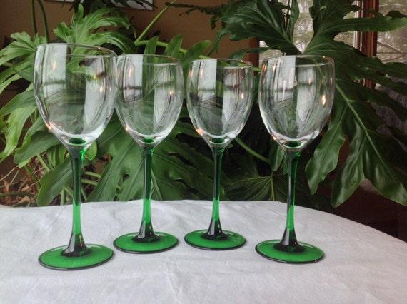 cristal d 39 arques duarand long stem wine glass set of four. Black Bedroom Furniture Sets. Home Design Ideas