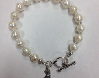Sigma Kappa Freshwater Pearl Bracelet w/Toggle Clasp - officially licensed, our best pearl bracelet!