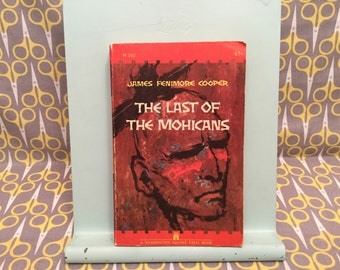 The Last of the Mohicans by James Fenimore Cooper paperback book Vintage classic literature Fiction