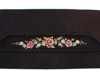 Vintage Black Floral-Roses Embroidered Clutch Bag