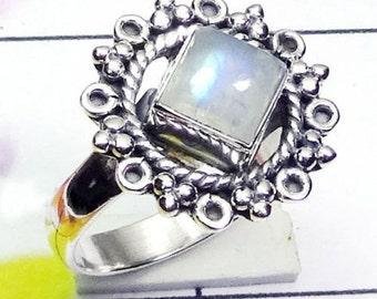Rainbow Moonstone Ring, Rainbow Moonstone Jewellery, Rainbow Moonstone, 925 Sterling Silver, Silver Ring, Blue Fire Rainbow Ring, Jewellery