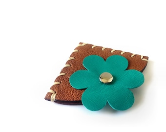 Leather bookmark with green flower, Womens and girls leather gift idea, Made in Italy angular bookmark.