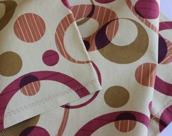 "Home Decor contemporary fabric tablecloth - 53"" x 16.5"""