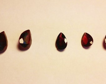 Set of 5 Genuine Garnets Pear Shaped 10x7mm-14x9mm