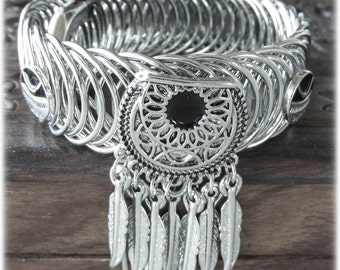 Feather bracelete