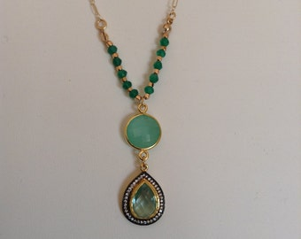 Chalcedony and Green Onyx Necklace