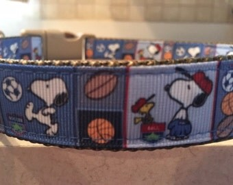 Snoopy Sports Large and Medium Dog Collar