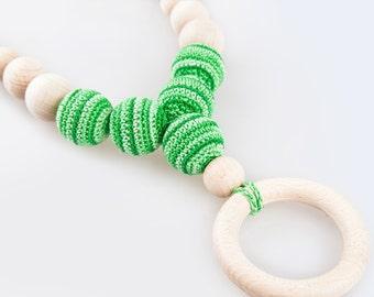 Green Nursing Neklace, Ring Teething Baby Necklace, Breastfeeding & Babywearing Jewelry, Organic Wood Ring, Spring Summer Necklace