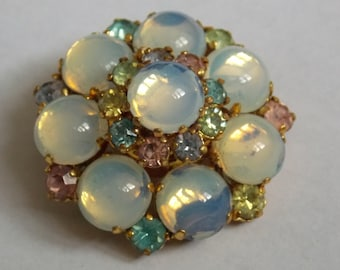 old vintage of years 50/60 opalescent glass brooch
