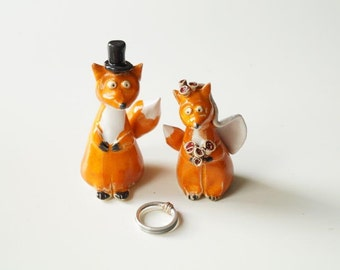 Fox Wedding Cake Topper, Ceramic Cake Topper, Bride and Groom Wedding Cake Topper, Custom Cake Topper by Her Moments