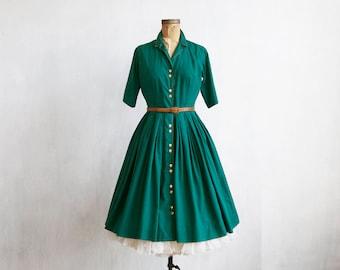 vintage green dress / 50s green dress / 60s dress / day dress / mid length sleeve / full skirt dress / mid century dress / handmade dress