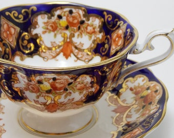 "Royal Albert ""Heirloom"" Imari Vintage Tea Cup and Saucer Fine Bone China Made in England"
