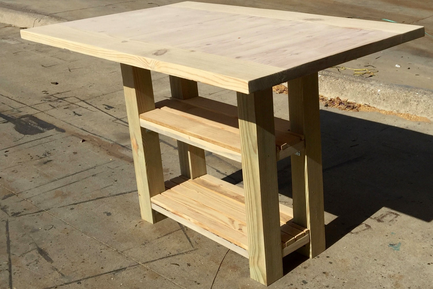 Diy small kitchen island with storage and matching bench - Small kitchen island with storage ...