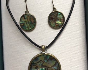 Abalone medallion and abalone earrings