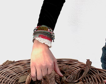 Vivid Colorful Cuff with a Twist - Groovy & Cool in Hipster-Gypsy-Boho chic, Ethnic Embroidery and Silk Velvet, Arm cuff,zipper fabric cuff