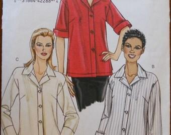 Vogue V8496.  Vogue 8496.  Misses loose fitting shirt.  Very Easy Vogue.  Size 18-24.