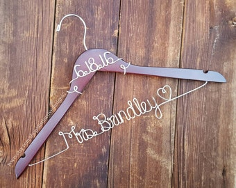 Wedding Hanger, Wedding Dress Hanger, Name Hanger, Bride Hanger, Bridesmaid Hanger, Personalized Hanger, Bridal Gift, Mrs Hanger
