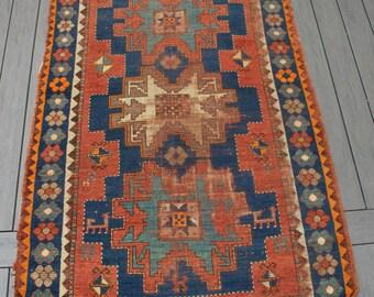 "4'1""x5'5"" Semi-antique Turkish Konya Rug"