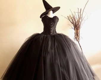 Halloween Adult Queen Witch Costume, includes Free Hat Various Sizes