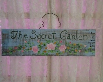 The Secret Garden Sign Hand Painted with Beautiful Pink Roses on the Perfect Piece of Aged Pallet Wood with Rusty Nails! Shabby Chic, Cottag