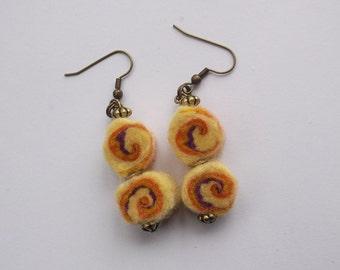 Yellow swirl earrings felted earrings, drop earrings, sushi roll felted bead, yellow and orange, summer earrings, dangle earrings