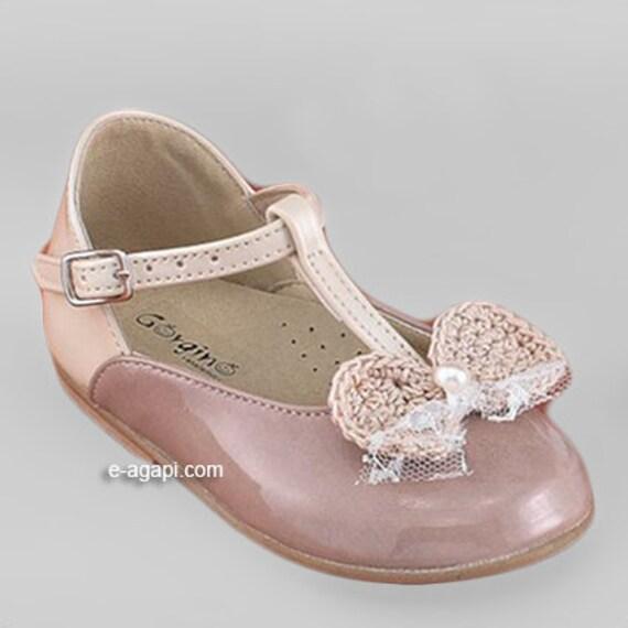 Leather baby girl shoes Ecru Vintage Pink crochet bow elegant