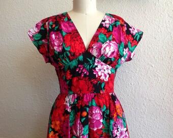 1980s Bold floral cotton dress