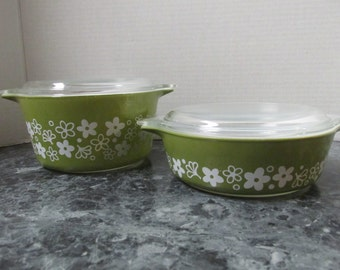 2 Vintage PYREX Crazy Daisy Dish with Lid 473 1QT and 471 500ml / Green with White Daisies / Spring Blossom