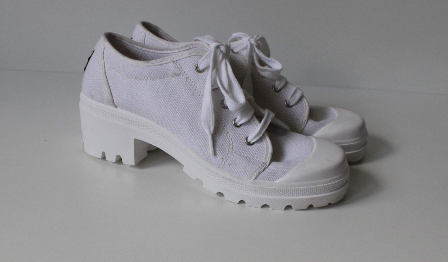 white canvas sneakers chunky heel tennis shoes by