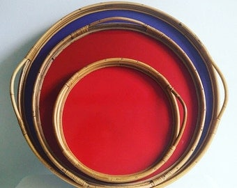 A set of danish midcentury trays - vintage rattan design pieces - Midcentury modern - MCM colorfull tray