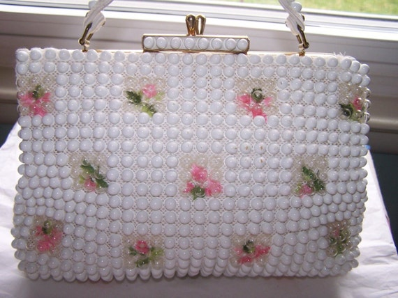 Sweet Grandee Beaded Purse