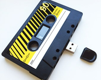 4GB/8GB/16GB USB Mixtape  - Retro Personalised Gift -  Ideal for a Loved One, Xmas, Flash Drive, Cute, Gadget, Geek, Love , Music, Songs