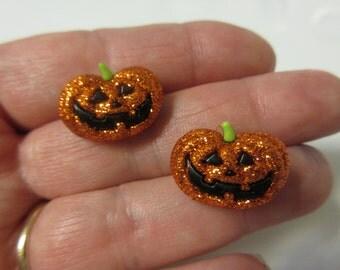 FREE SHIPPING! Halloween Earrings-Halloween Glitter Pumpkin Stud Earrings-Jack O Lantern Stud Earrings