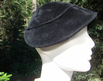 1930s Black Velour Cap with Rose Detail