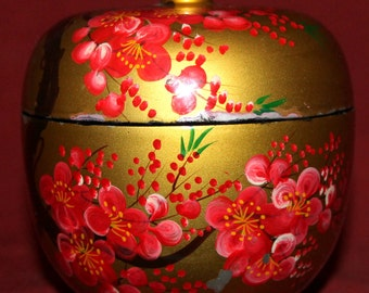 Vintage Hand Painted Floral Lacquer Wood Box