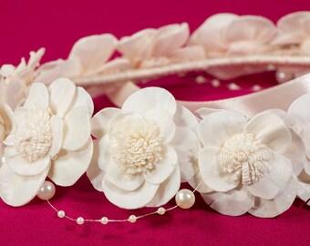 Ivory flower crown, Wedding flower halo, Bridal halo, Bridal headpiece, Bridesmaid hair piece, Uk sellers only, Wedding hair accessories