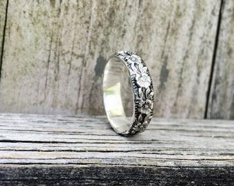 Floral Band - Sterling Silver Patterned Band - Alternative Wedding Band - Flower Detailed Ring - Flower Ring - Sterling Silver Ring
