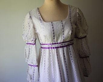 Purple & White long sleeve vintage 1970's long Dress
