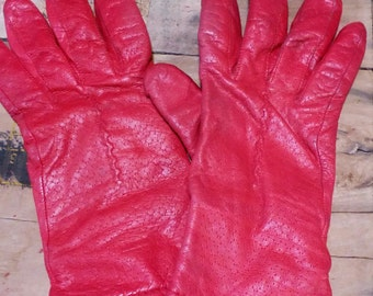 Vintage Red Soft Leather Gloves..Lined for Winter Wear..Sz 8