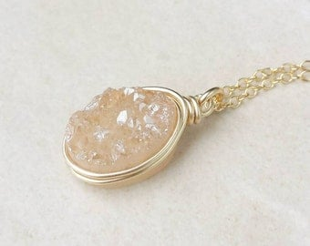 Druzy Pendant Necklace/Genuine Druzy/Druzy Necklace/Layering Necklace/Gifts for Her/Mothers Day Gift/Bridesmaids/Free Ship Canada