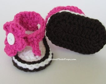 Baby Sandals-Hot pink with crochet flower~Shoes Babies sizes 0, 1 & 2 (Newborn,0-3 Months,3-6 Months)Many Colors
