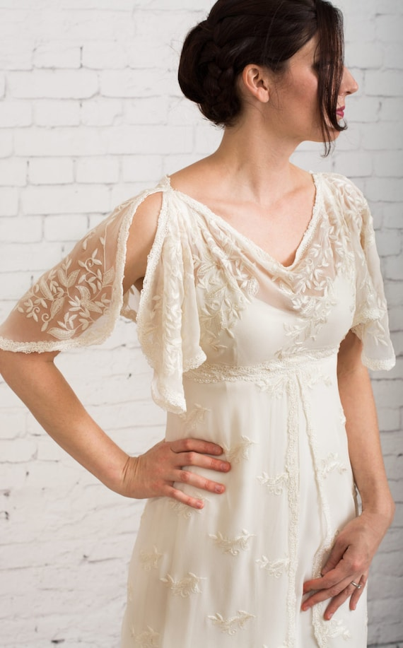 Casual wedding dress simple wedding dress rustic wedding for Simple casual wedding dresses