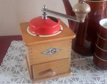 Kym coffee grinder, coffee grinder, coffee grinder, brocante antique kitchen table model, mid century kitchen, Christmas gift, beans coffee, granny chic