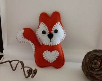 Felt Squirrel Ornament/ Woodland Animals Felt Ornaments / Christmas Ornament / Handmade / Price for ONE ornament