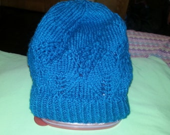 slouchy spades and lace hat