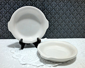 Vintage Round Au Gratin Dishes by Hall, Set of 2, White Restaurant Ware with Handles #513, Whiteware, Circa 1970s