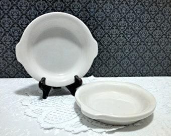 Vintage Set of 2 Hall Round Au Gratin Dishes, White Restaurant Ware with Handles #513, Whiteware, Circa 1970s