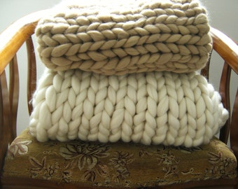 Queen Bedding, Chunky Knit Blanket, Merino Wool blanket, Soft Knit Blanket, Giant Knit Blanket, Giant Knit Throw, Chunky Throw, Pick Color